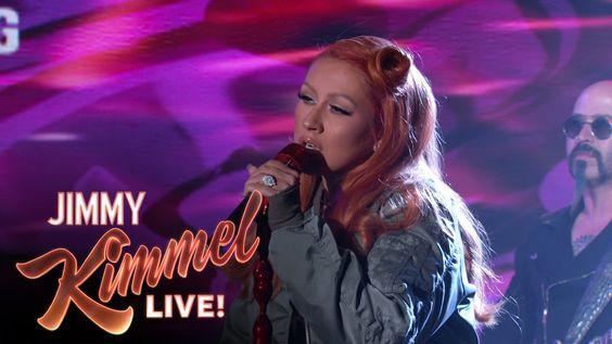 Christina Aguilera presentó su single benéfico 'Change' en el show de Jimmy Kimmel:  http://www.popelera.net/christina-aguilera-actuacion-change-jimmy-kimmel/