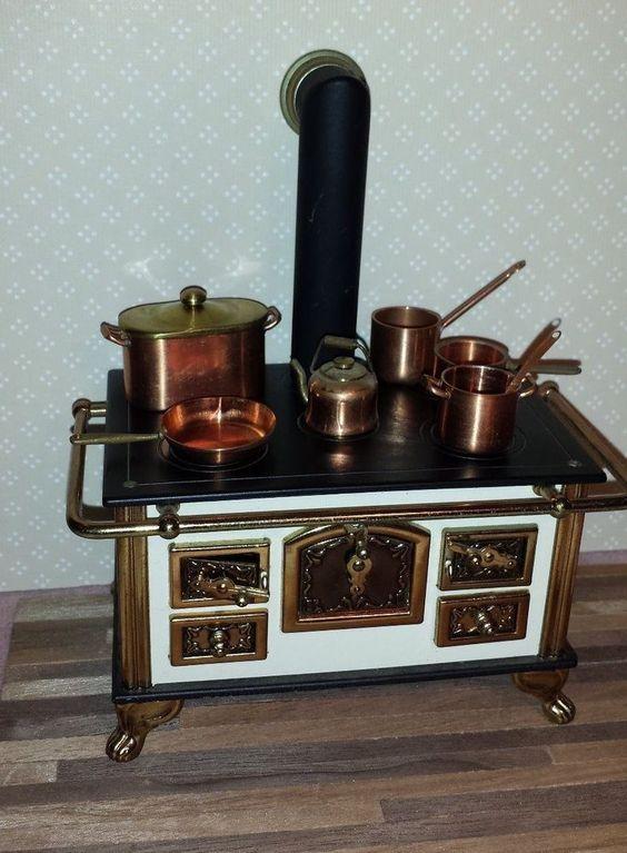 Dollhouse miniature rare vintage German metal stove Gesetzlich Geschutzt 1:12 #GesetzlichGeschutzt