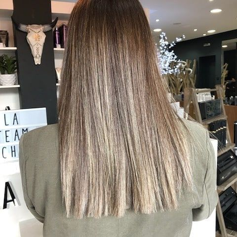 Melanie Machado Coiffure Make Up Coiffeur A Tarbes En 2020 Coiffure Idees Cheveux Longs Coiffures Droites