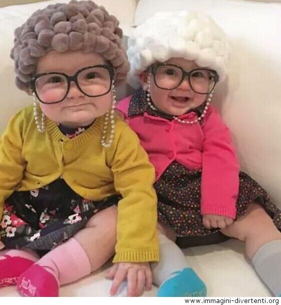Queste vecchie signore, immagini divertenti