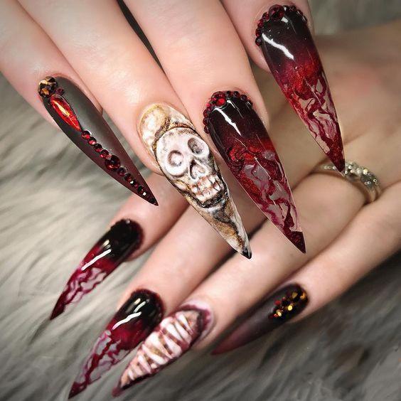 50 Stylish And Fun Halloween Nail Designs Goth Nails Skull Nails Halloween Acrylic Nails