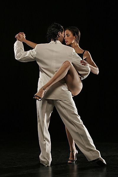 Gustavo and Gisela as Masters of Argentine Tango. Feel it...