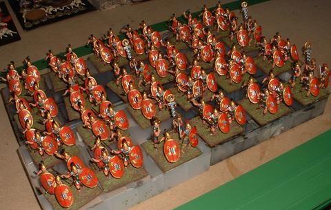 HaT Miniatures 1//32 GALLIC WARBAND Figure Set