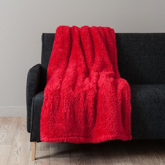 maisons du monde - 40 €-Plaid en tissu rouge 150 x 200 cm CALIN