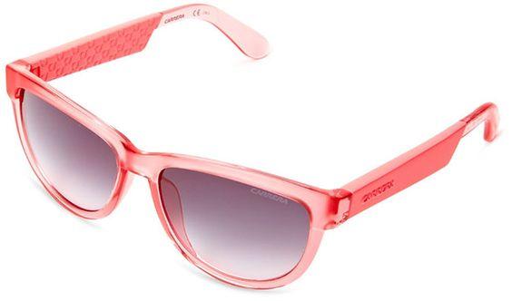 Un modelo clásico modernizado. Te recomiendo más modelos en el post Elige las gafas de sol que mejor te van (ii)   dommuss