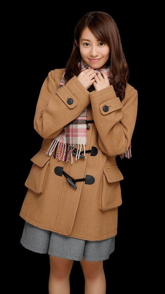 コート姿の桜井玲香のかわいい画像