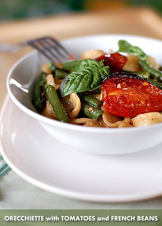 Orecchiette with tomatoes and french beans