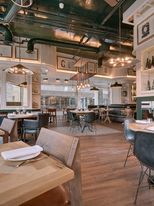 The Most Inspiring Home Design Projects Following The Latest Trends Vintage Industrial Industrial Loft Design Vintage Restaurant Restaurant Interior Design