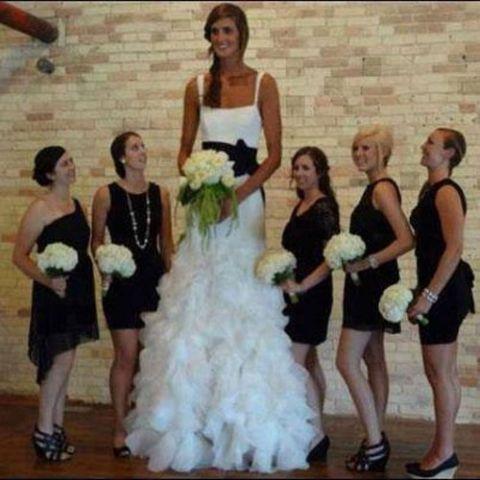 Снимки UNE FEMME PLUS LONGUE AU MARIAGE Изображения drôles Снимки Insolites sur Humour.com