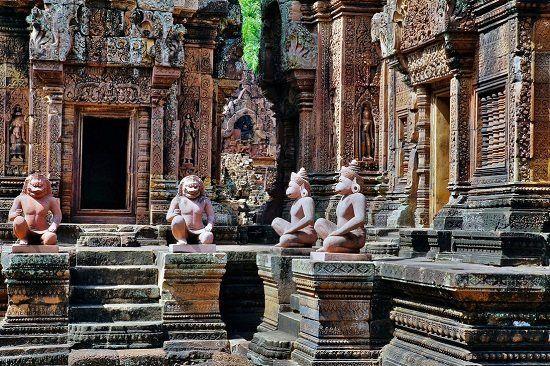 Hình ảnh của ngôi đền Banteay Srei sau khi đã trải qua các đợt trùng tu lại