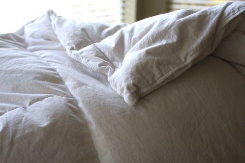 down comforter comforter and washing down comforter on pinterest. Black Bedroom Furniture Sets. Home Design Ideas