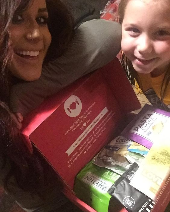 In love with my #LoveWithFood Snack Box. The snacks are perfect for Aubree's lunch and my pregnancy cravings. For every box sold at least one meal is donated to a food bank! Check out @lovewithfood 's bio for 25% off your first deluxe box!!