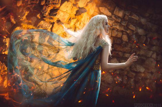 By Pugoffka (Elena Kucheruk)  Daenerys Targaryen of A Game of Thrones