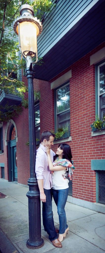 Boston Engagement - PHOTO SOURCE • SARA SMILE PHOTOGRAPHY | Featured on WedLoft