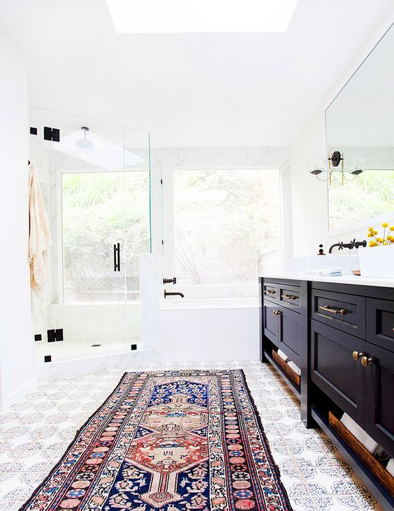 Classic rug in a more modern bathroom. 9 Ways to Make Your Bathroom Look More Expensive   Rugs  Bathroom