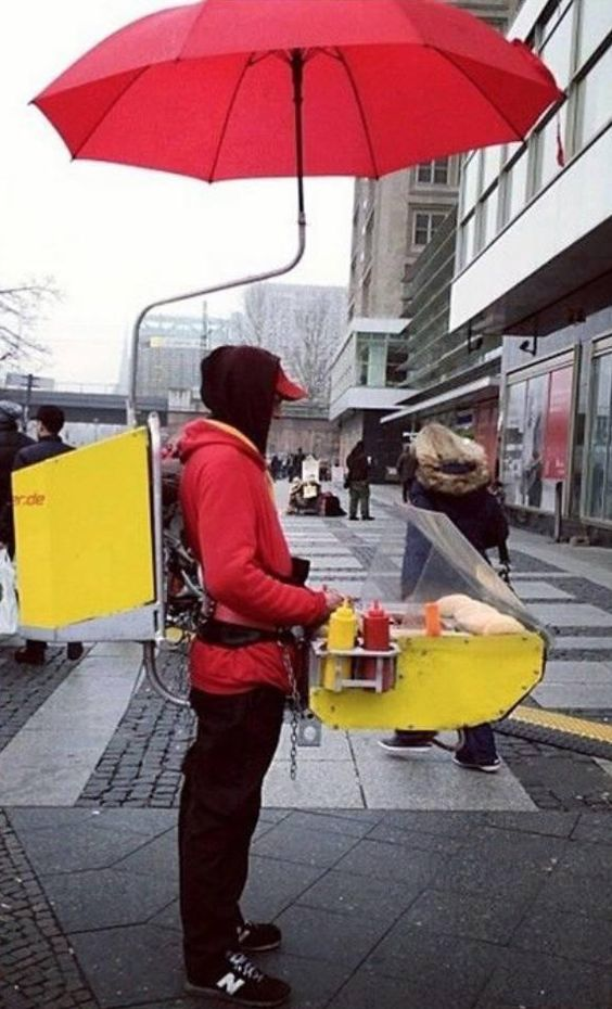 I've seen the One Man Band before but never a One Man Food Cart before - Imgur