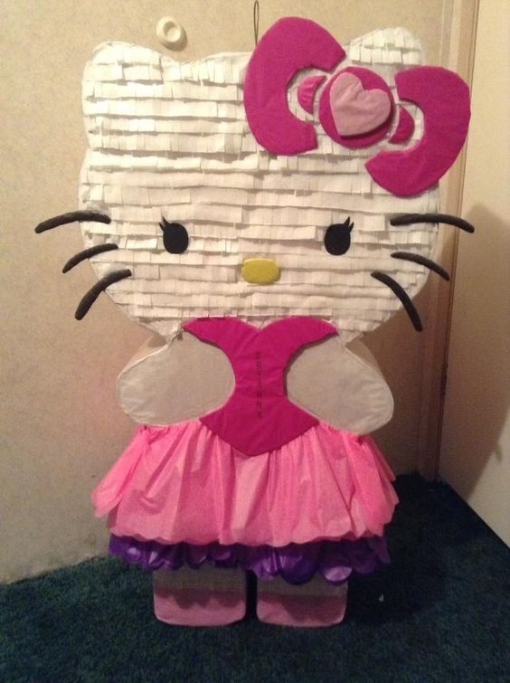 Piñata Creation... Custom Hello kitty piñata                                                                                                                                                     More