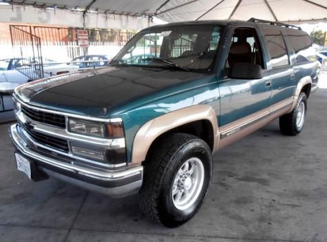 1995 chevrolet suburban k2500 cheyenne suv for sale for 2000 dollars only in gardena. Black Bedroom Furniture Sets. Home Design Ideas