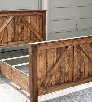 Doors Barns Farmhouse Beds Rustic Barn Doors Projects Rustic Barn Door