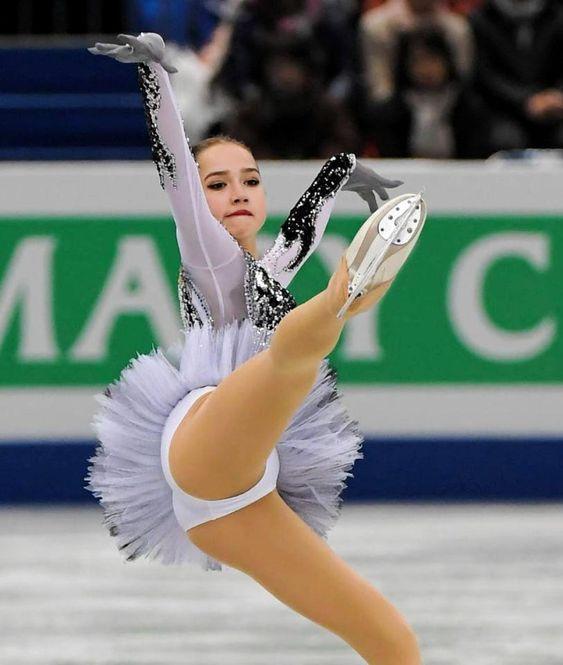 ロシア ザギトワ 13才から16才