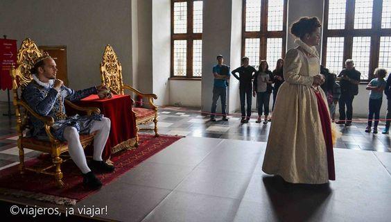 representacion teatral en el castillo