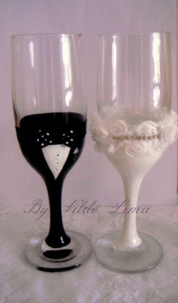 Brinde com requinte... Taças personalizadas para casamento.