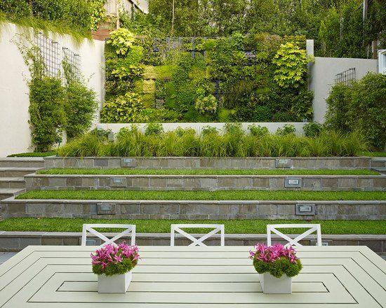 Garten am Hang ideen modern terrassen treppen vertikal begrünung ...