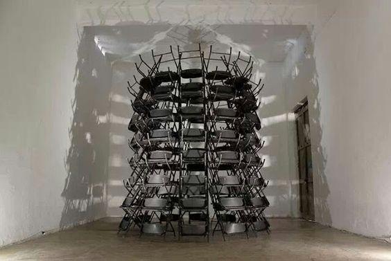Torre, Estructura Circular #1 Sillas Plegables de metal 5m. X 2m diámetro base.