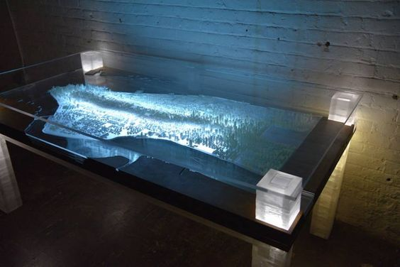 3D-Printed Illuminated New York City Desk – Fubiz Media