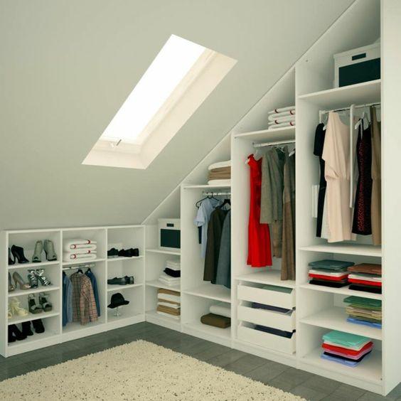 meuble sous pente, armoire ouverte, dressing sous pente: