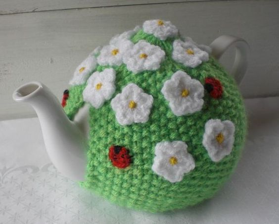 """Weiteres - Tea Cozy / Teewärmer """"Sommerwiese"""" - ein Designerstück von Janeszuhause bei DaWanda"""