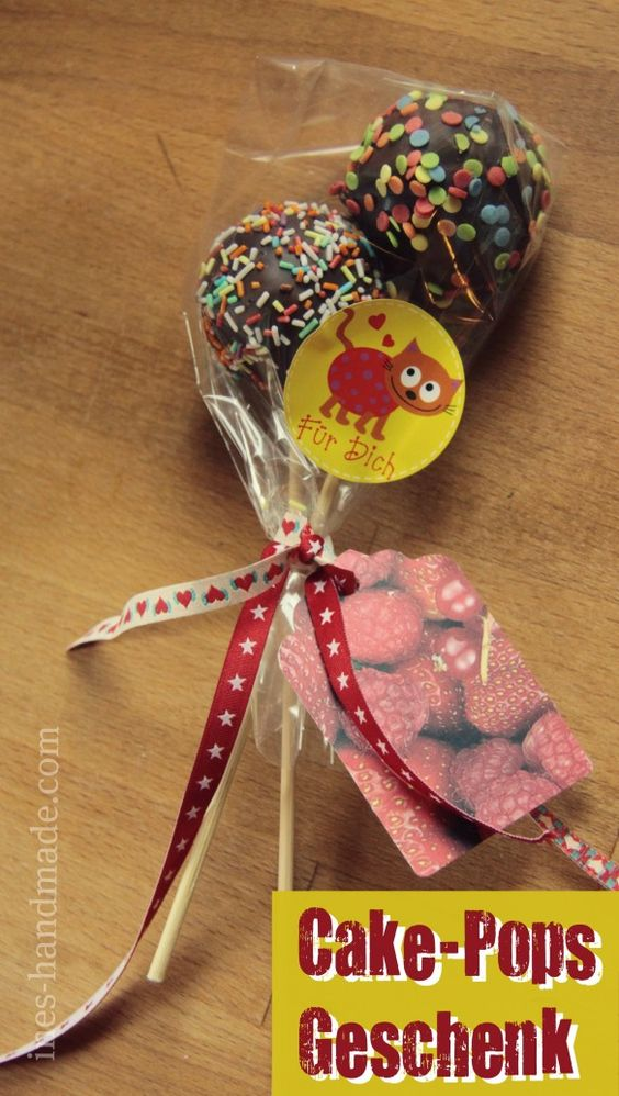 Cake Pops packed for present. LOVE this!
