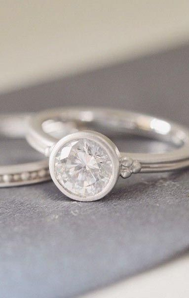 Contemporary style for a timeless love.