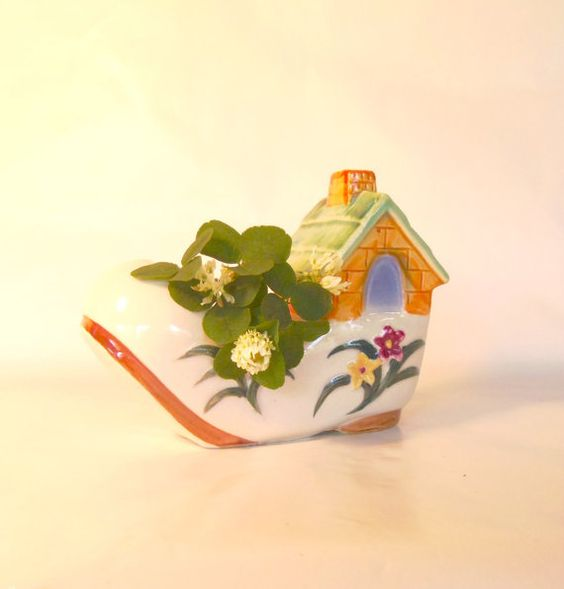 CERAMIC PLANTER  Marked Occupied Japan  Mother Goose by BunnysLuck