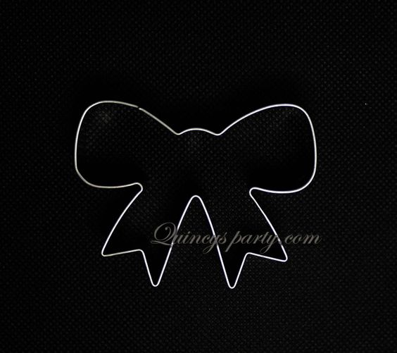 Quincy's Party - Cookie Cutters : Bow, RM8.21 (http://www.quincysparty.com/cookie-cutters-bow/)