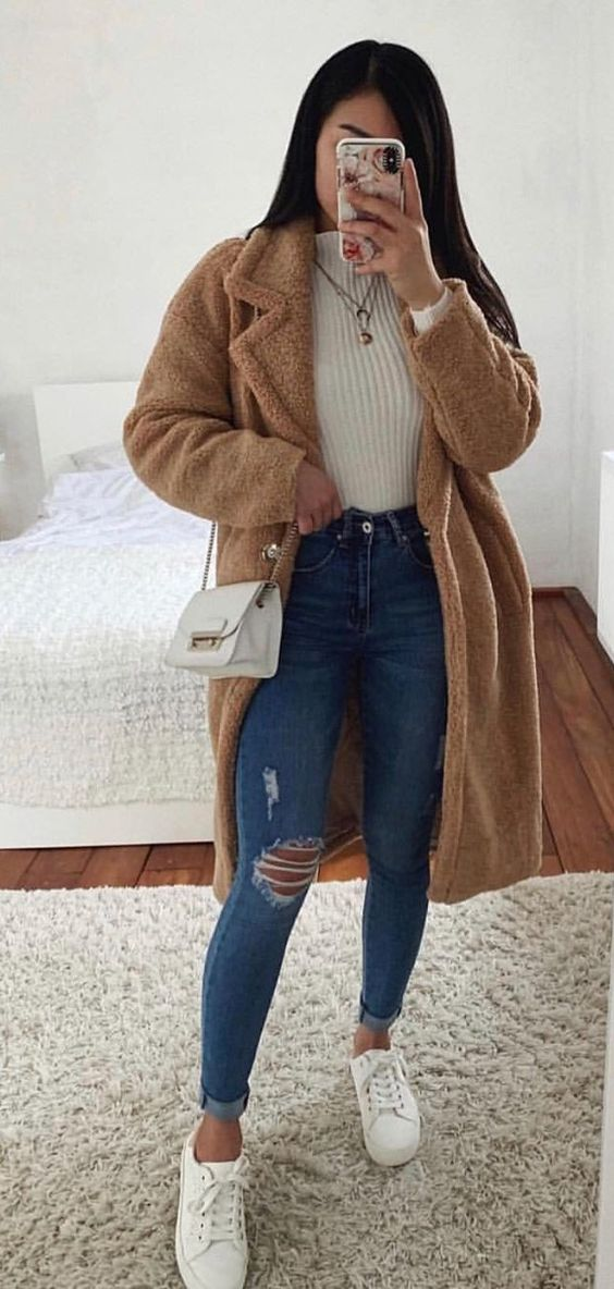 28 Casual Outfits To Update You Wardrobe Now outfit fashion casualoutfit fashiontrends