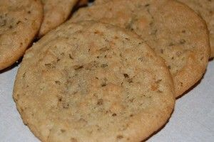 Chewy oatmeal peanut butter cookies