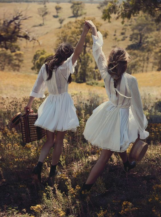 Australian actresses Teresa Palmer and Phoebe Tonkin by Will Davidson for Vogue Australia March 2015