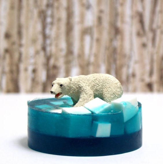 This DIY Polar Bear Soap Tutorial makes a great homemade Christmas gift and DIY stocking stuffer!