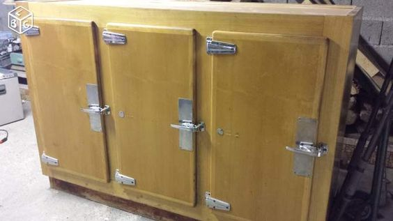 frigo de boucher restaur ameublement charente cuisine pinterest. Black Bedroom Furniture Sets. Home Design Ideas