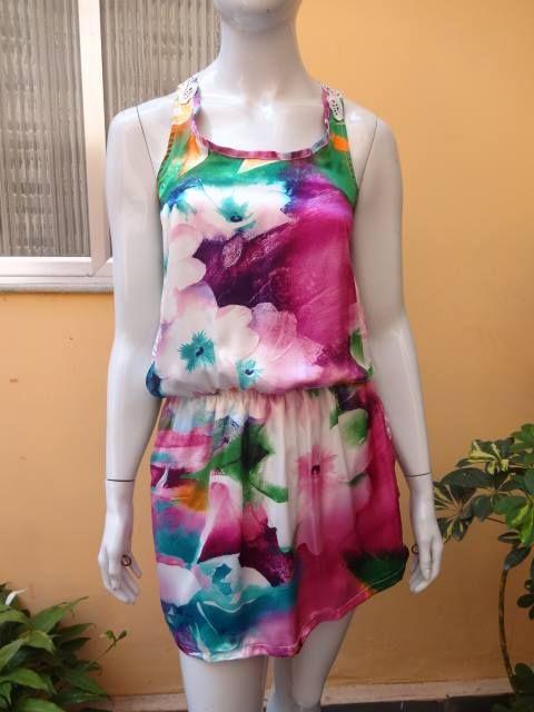 Vestido Foral Seda Renda nas costas Somente disponível no tamanho P (veste 36 e 38) http://www.facebook.com/CarolinaPeclatAtelie