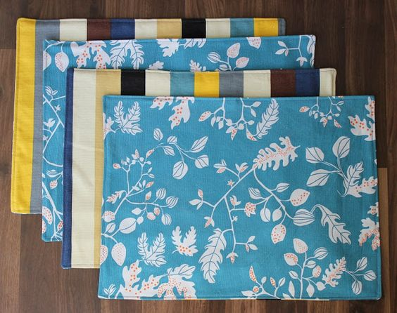 ~Reversible Placemat Tutorial~ NICE idea!! via gluesticksblog.com