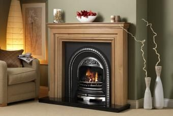 Wood & cast iron fireplacw