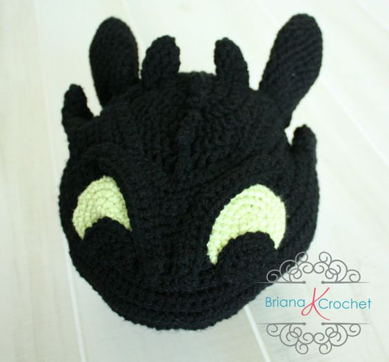 Toothless, Patterns and Train your dragon on Pinterest