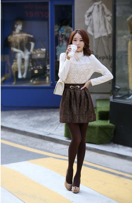 La falda es una de las prendas que más aman y usan las mujeres coreanas. Si bien es cierto que la mayoría las prefieren cortas, últimamente...