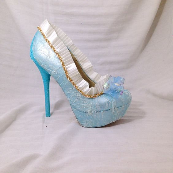 ORIGINAL PRICE $175.00 $60 Dollars off all shoes for Black Friday! Sale ends 11-28-15!  Go back in time and be Marie Antoinette in these gorgeous
