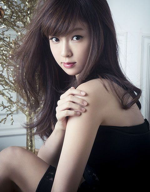 前髪ありも可愛い深田恭子