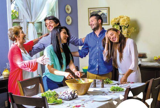 Los mejores momentos se comparten en casa o en tu comedor #ParaVivirMejor #Tucasaelmejorlugar