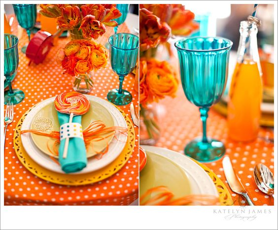 Love the orange tablecloth and turquoise
