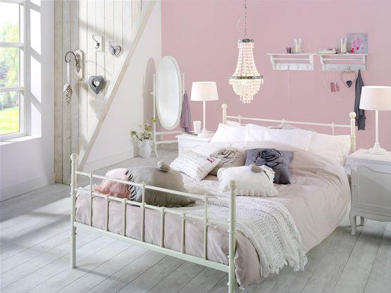 Slaapkamer noah ideeen en tips voor een romantische slaapkamer in pasteltinten van bed tot - Romantische witte bed ...